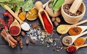 Basur Hastalığı Olanların Yememesi Gereken Besinler